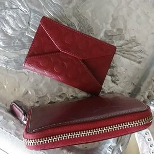 VINTAGE COACH EMBOSSED LEATHER WALLET & COIN CASE